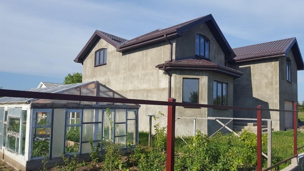 Дом 250 кв.м на участке 14.8 сот