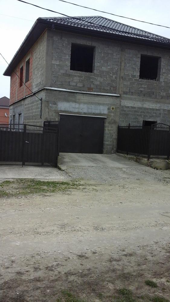 Дом 261.59 кв.м на участке 8.17 сот