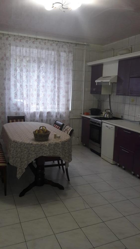 Дом 403 кв.м на участке 8 сот