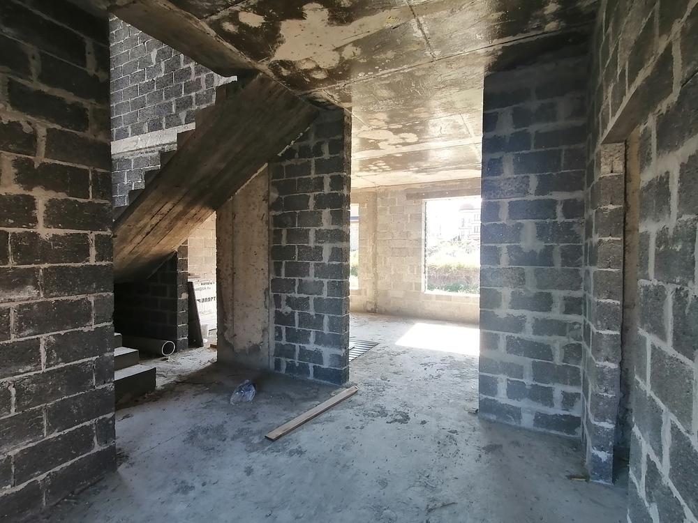 Дом 180 кв.м на участке 4 сот
