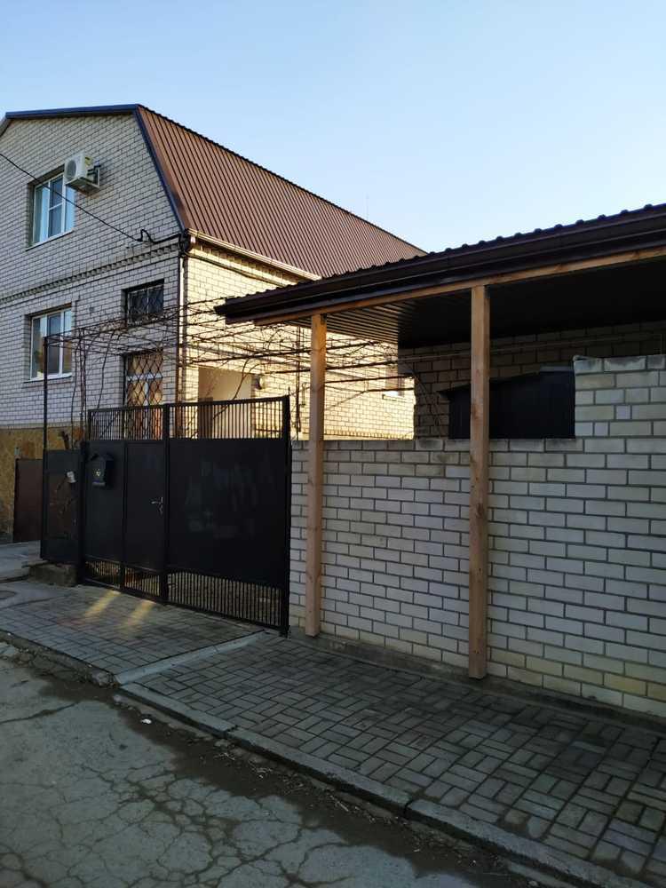Дом 166.5 кв.м на участке 3 сот